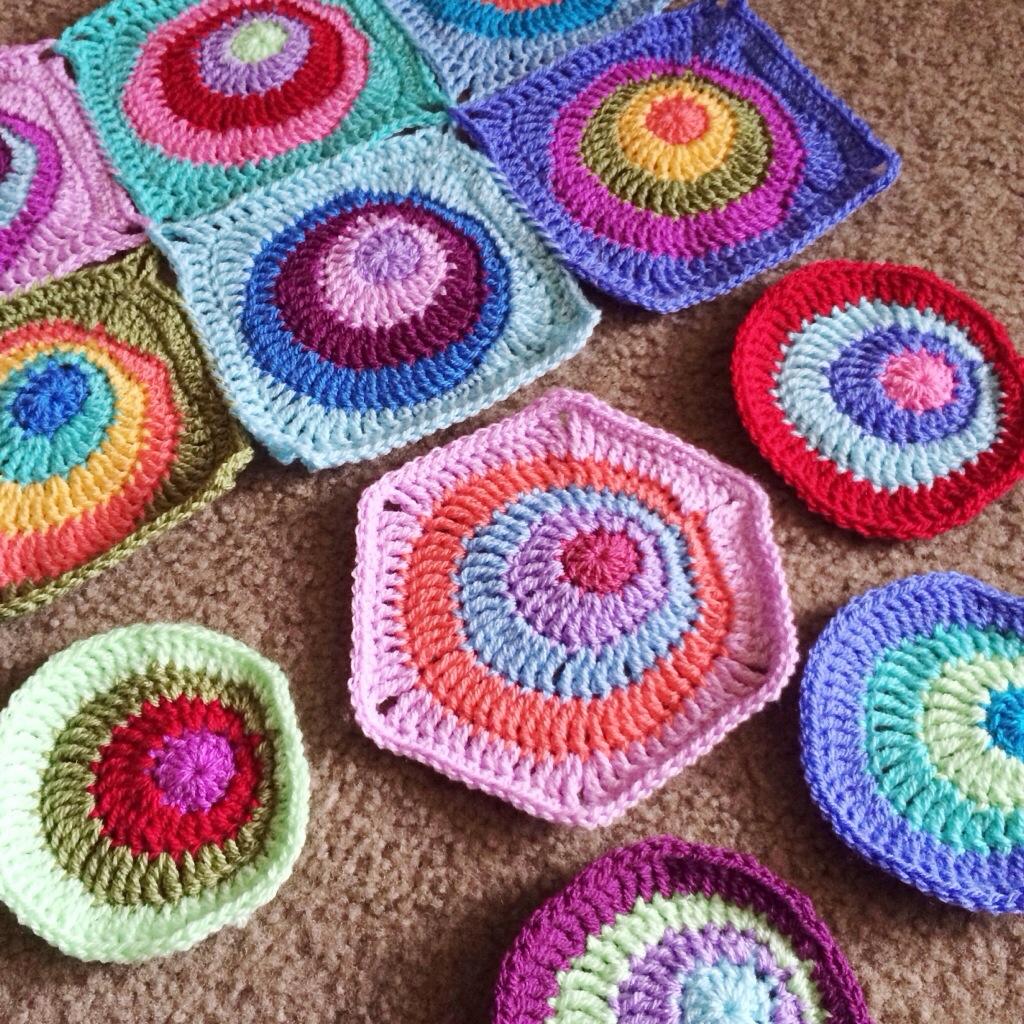 Offset Circles Crochet Blanket Pattern Cypresstextiles